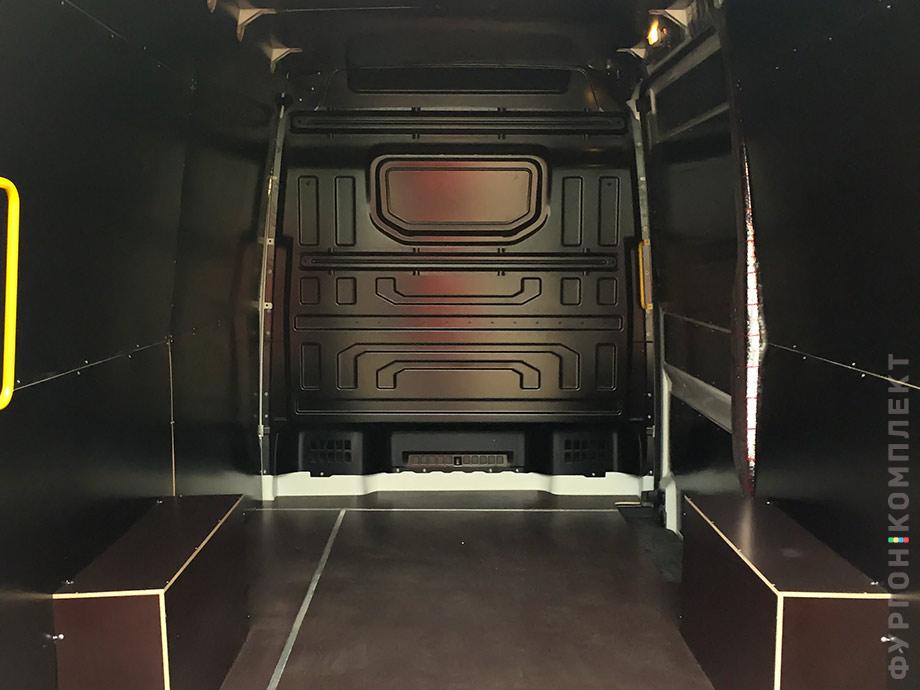 Обшивка Volkswagen Crafter 2017
