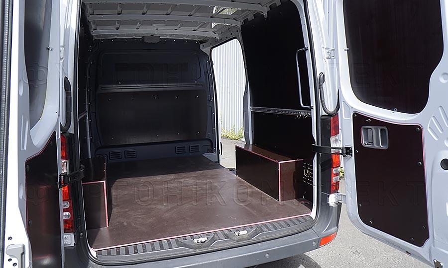 Обшивка фургона Volkswagen Crafter L1H1: Пол, арки, задние двери и стены