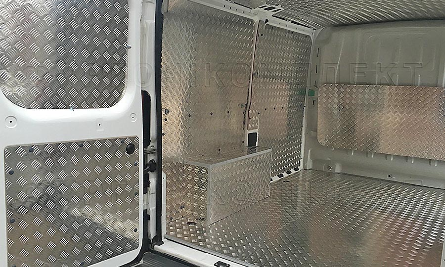 Обшивка фургона Citroën Jumper L1H1: Пол, двери, арки, стены и потолок