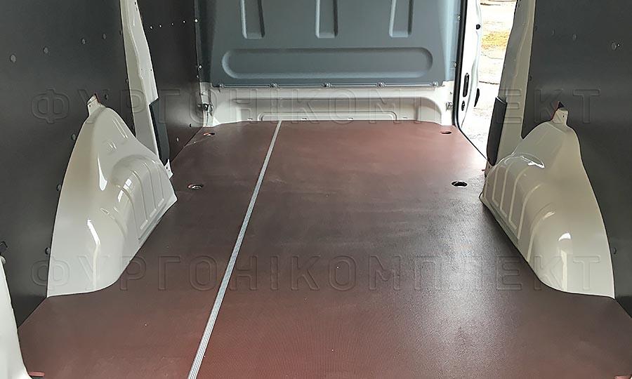 Обшивка фургона Peugeot Expert L1H1: Пол и стены