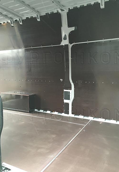 Обшивка фургона Citroën Jumper L4H3: Пол, стены и арки
