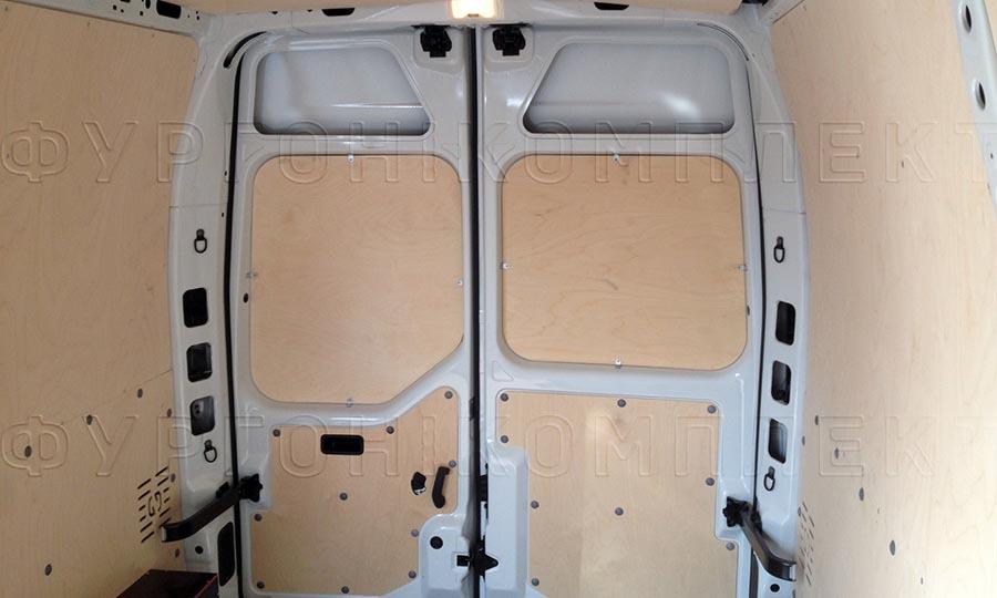 Обшивка фургона Renault Master L2H2: Стены и двери