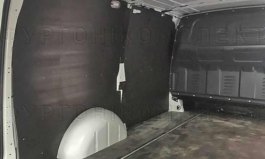 Обшивка фургона Mercedes-Benz Vito L2H1: Стены и пол