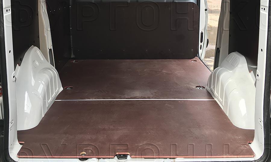 Обшивка фургона Citroën Jumpy L1H1: Стены и пол