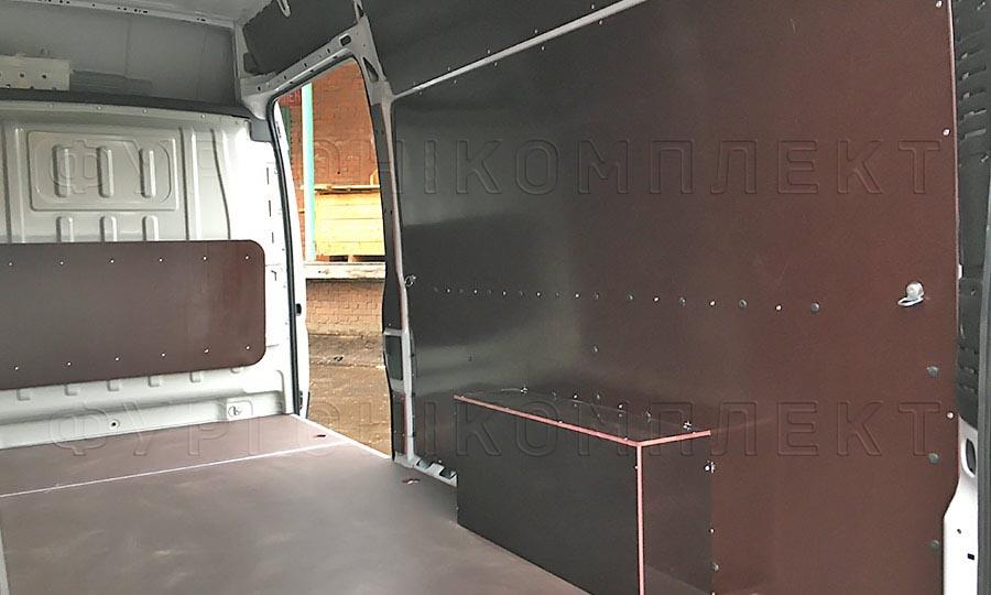 Обшивка фургона Fiat Ducato L4H3: Стены, пол, арки и перегородка