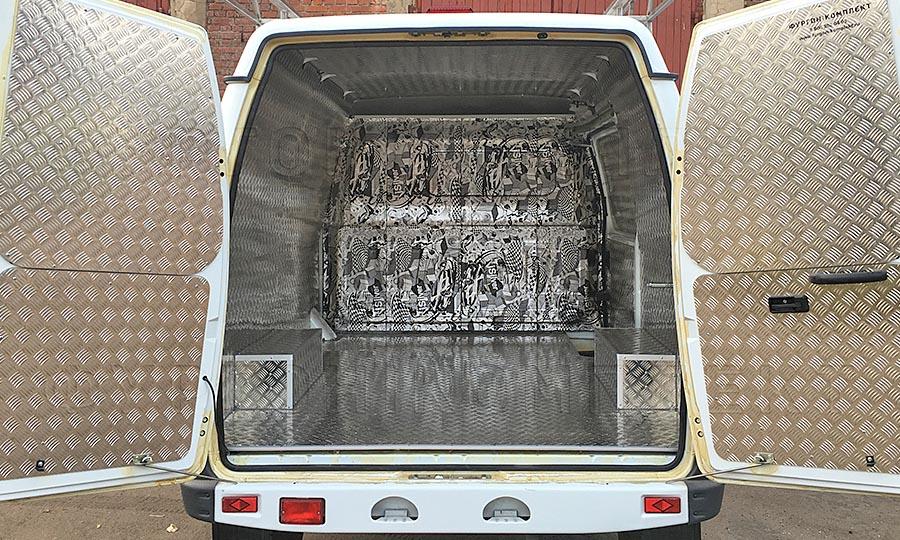 Обшивка фургона ГАЗ 2752 Соболь L1H1: Стены, пол, потолок, двери и арки