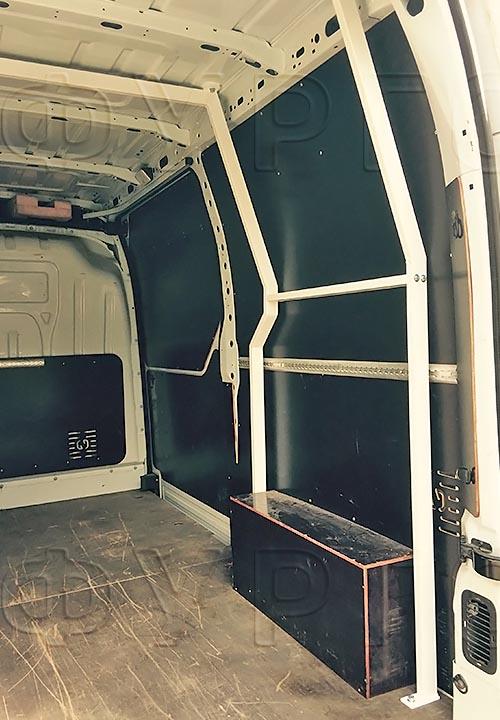 Багажники из окрашенной стали L3H2 (усиленный): Усиленный каркас для багажника в грузовом отсеке