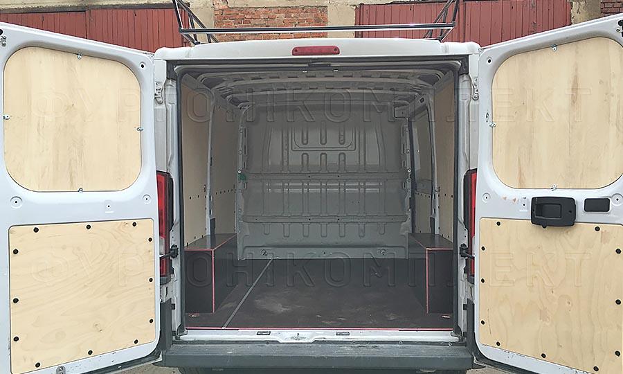 Обшивка фургона Citroën Jumper L1H1: Задние двери, пол и арки