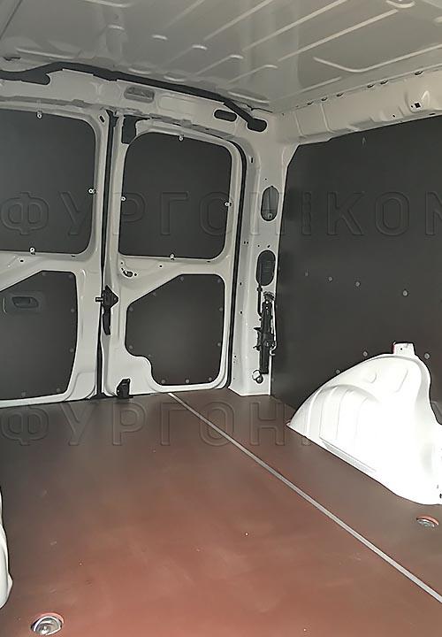 Обшивка фургона Citroën Jumpy L1H1: Задние двери, пол и стены