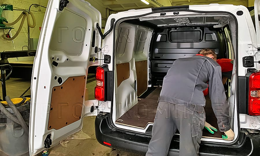 Обшивка пола фургона Ситроен Джампи