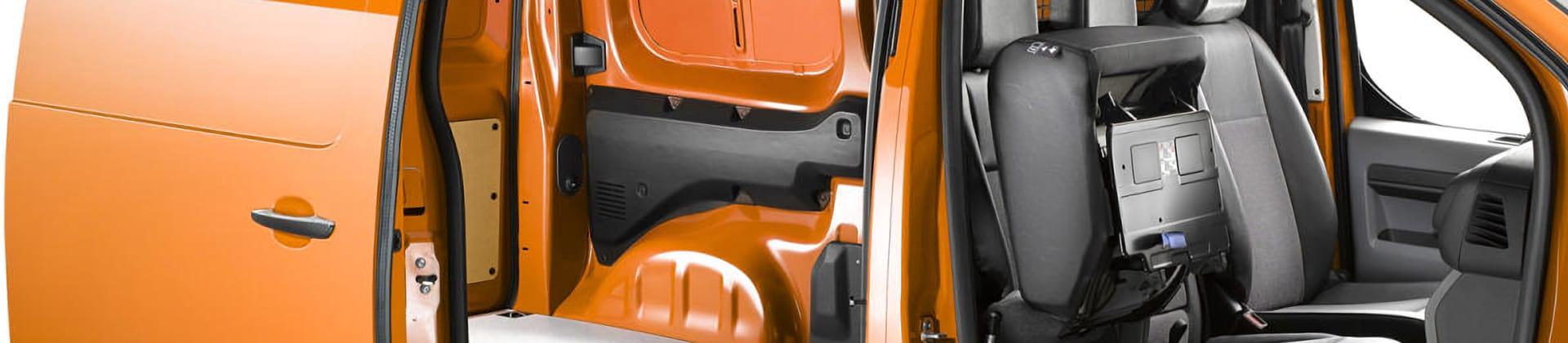 Opel Vivaro: прибавление всемействе фургонов иобшивок