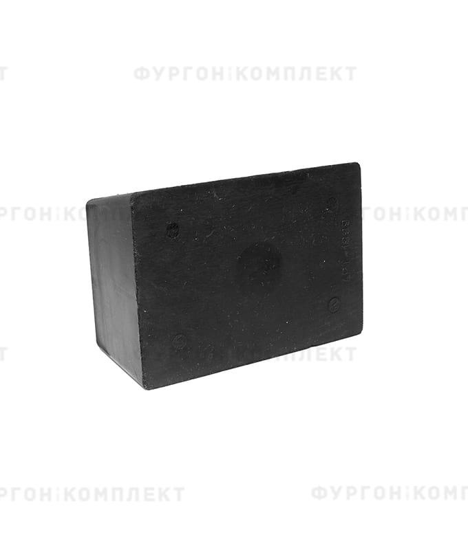 Отбойник прямоугольный → 180×125×70мм, 2кг (øотверстий: 10мм)