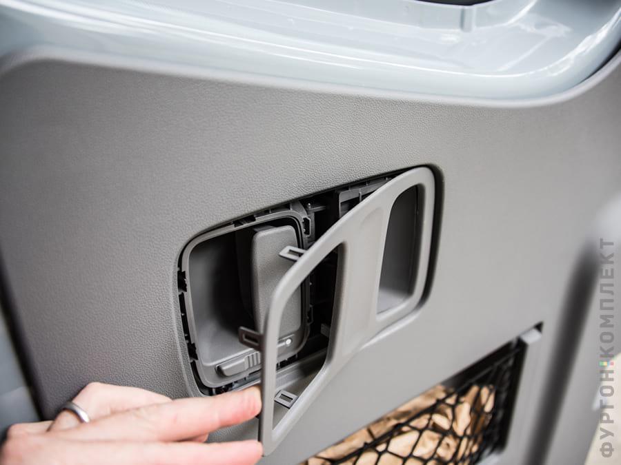 Разборка ручки двери фургона